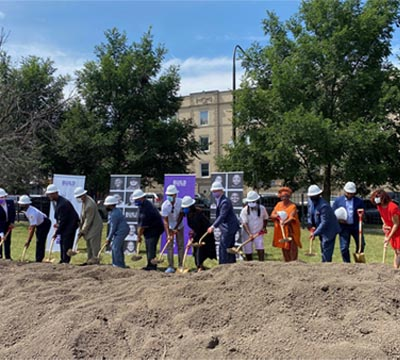 Kimberley Goode, Chief Communications and Social Impact Officer, joined Chicago Mayor Lori Lightfoot, the BUILD Chicago team and other community representatives in a groundbreaking ceremony for the new youth hub in the Austin neighborhood.